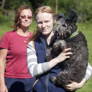 Lovisa Hanserkes tillsammans med Alice.