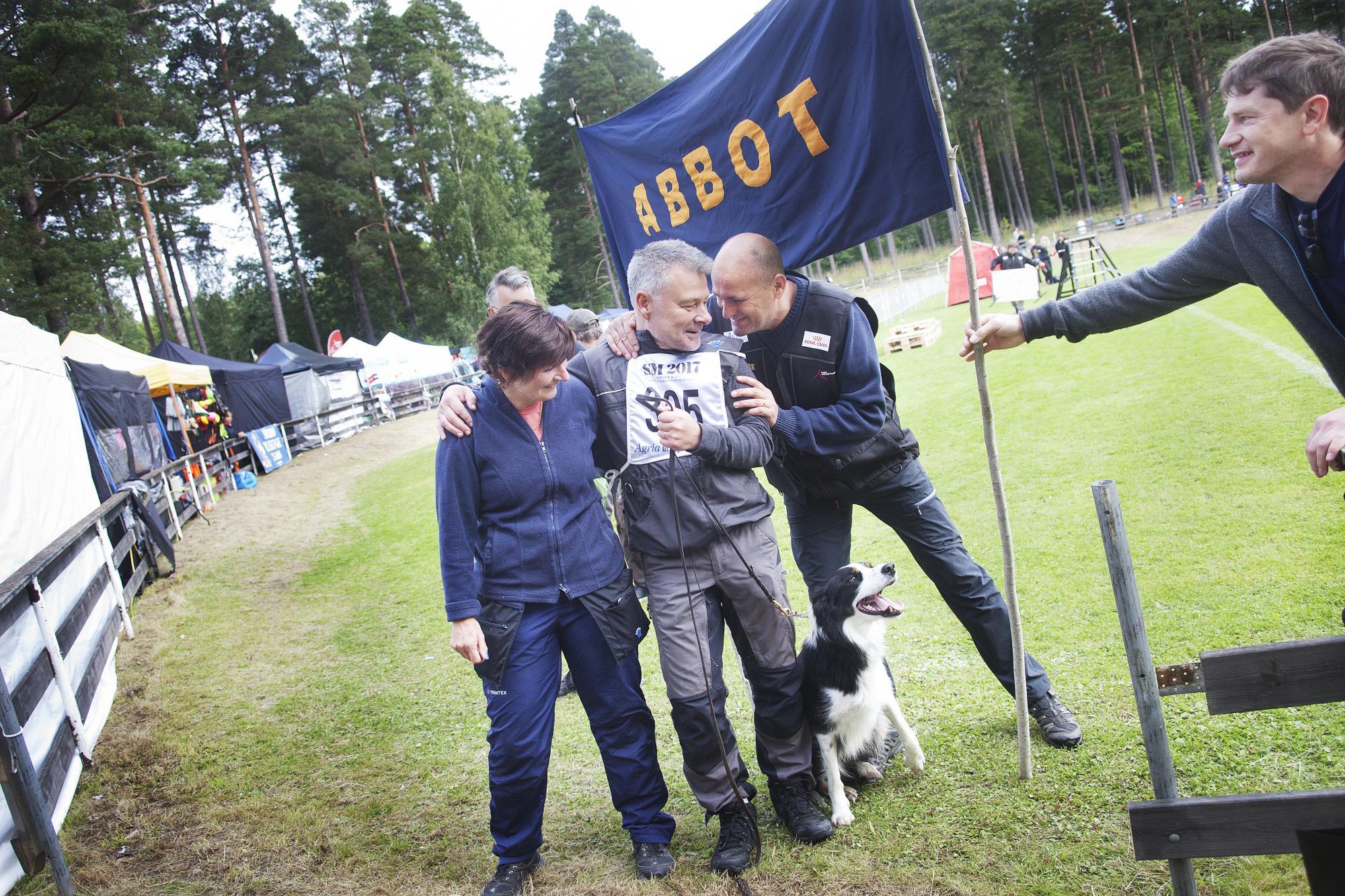 Abbot, Hans och Suzanne Vestergrenvann SM i rapport 2017.