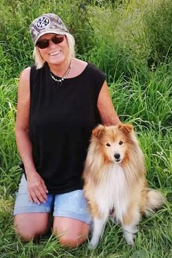 Sheltiehannen Joy kom tillbaka tillIngela Marcusson när hans första matte somnade in efter en tids sjukdom.