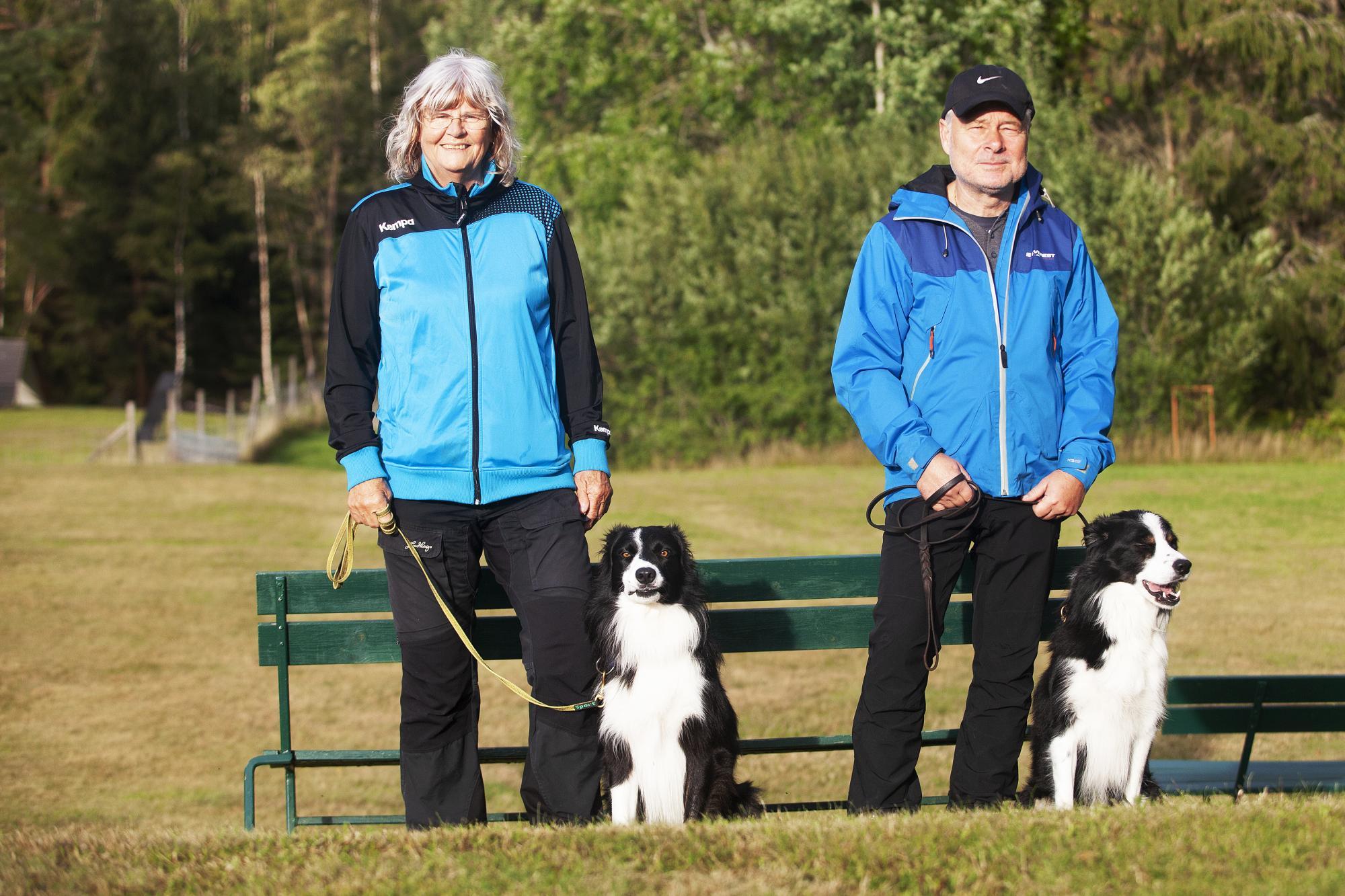 Kristina Fornstedt och Hans Vestergren med sina Border Collies Micc & Abbot, \